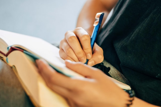個人レッスンで学ぶ短期集中スクール